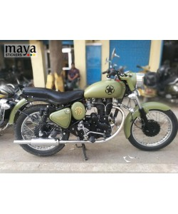 Star sticker on old model royal enfield bullet tank with military green color