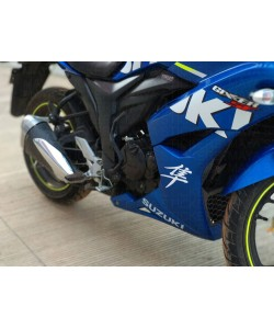 Hayabusa logo sticker on Suzuki gixxer SF blue