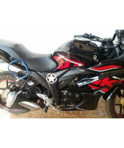 Star sticker on suzuki gixxer SF black
