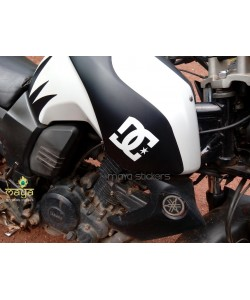 DC logo stickering on Yamaha FZ tank